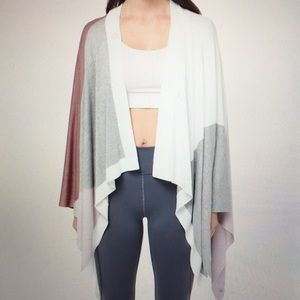 Lululemon Hatha Wrap Scarf Blanket NWT